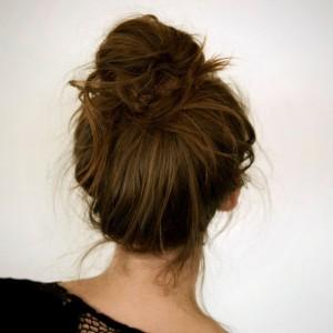 Hair-3-Messy-Bun-645x645